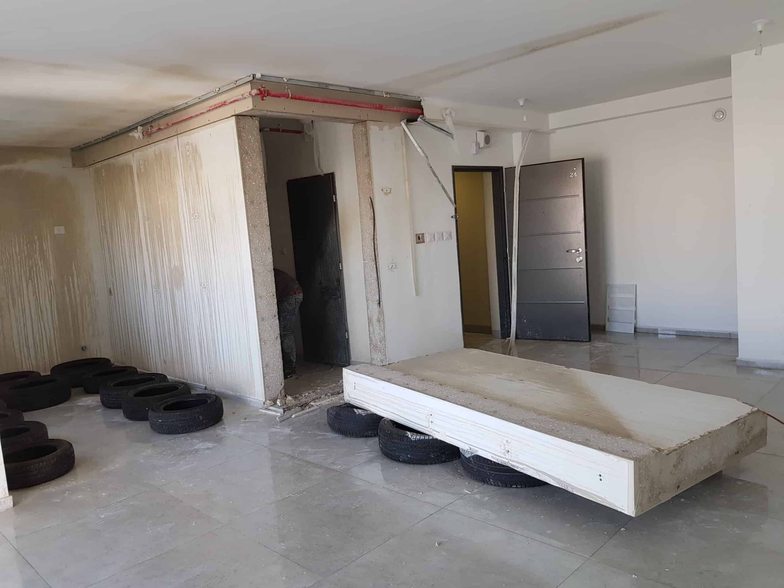 איך מודדים עובי קיר בטון לצורך ניסור?